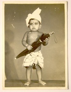 Studios went to great lengths to use props those days. My cousin's all dressed up for a night in town