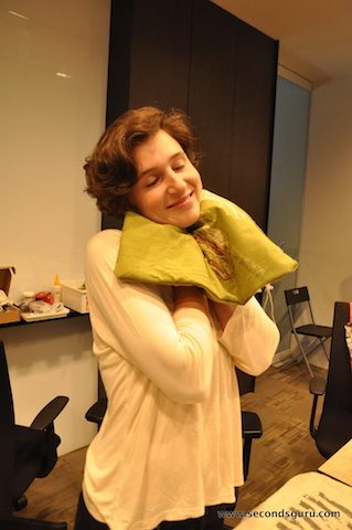 DIY soft t shirt to cuddly cushion cover
