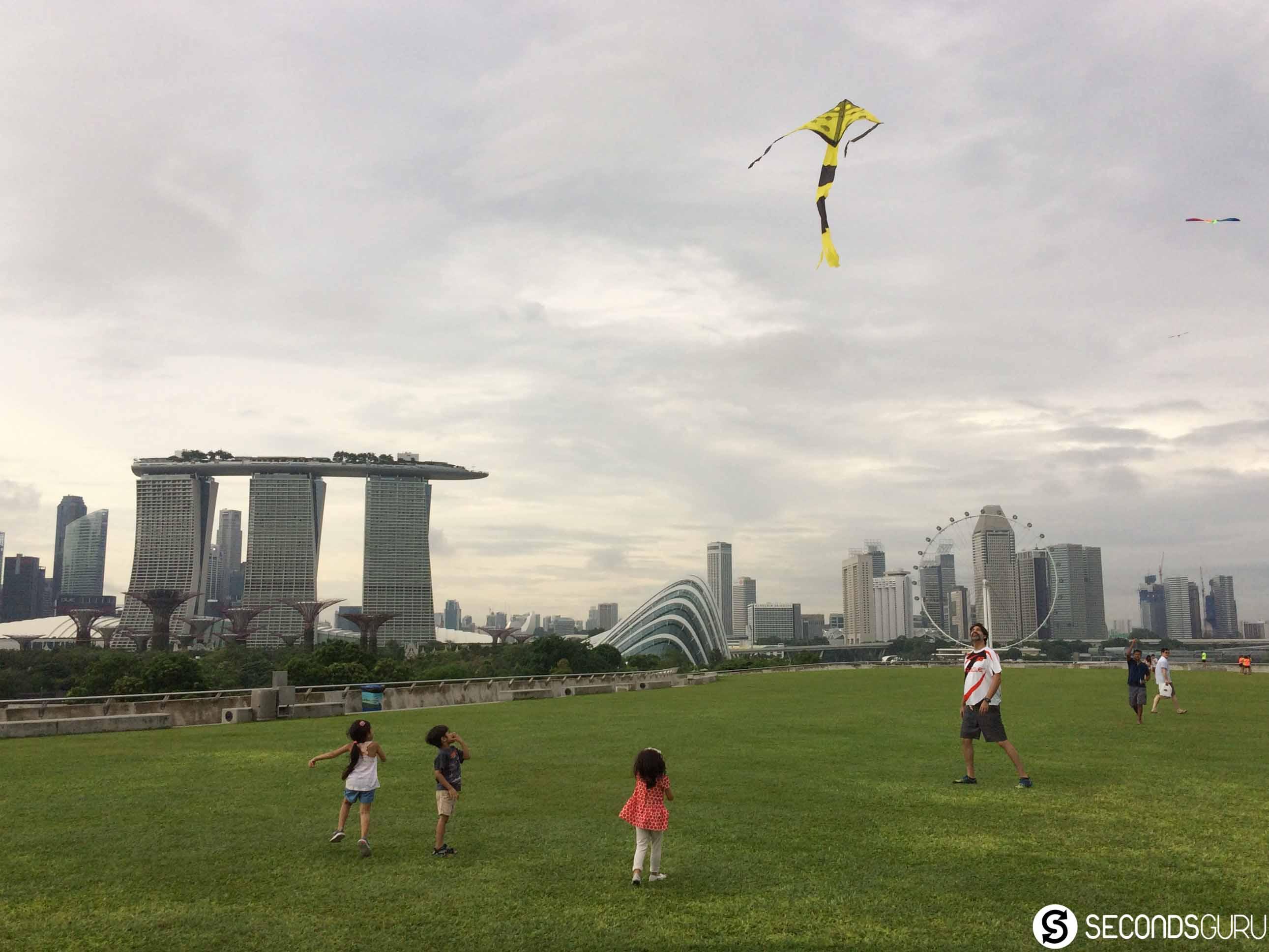 kite flying marina barrage