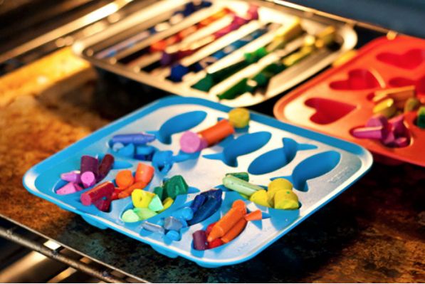 crayola crayons upcycle silicone tray