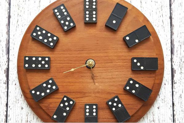dominos vintage clock diy
