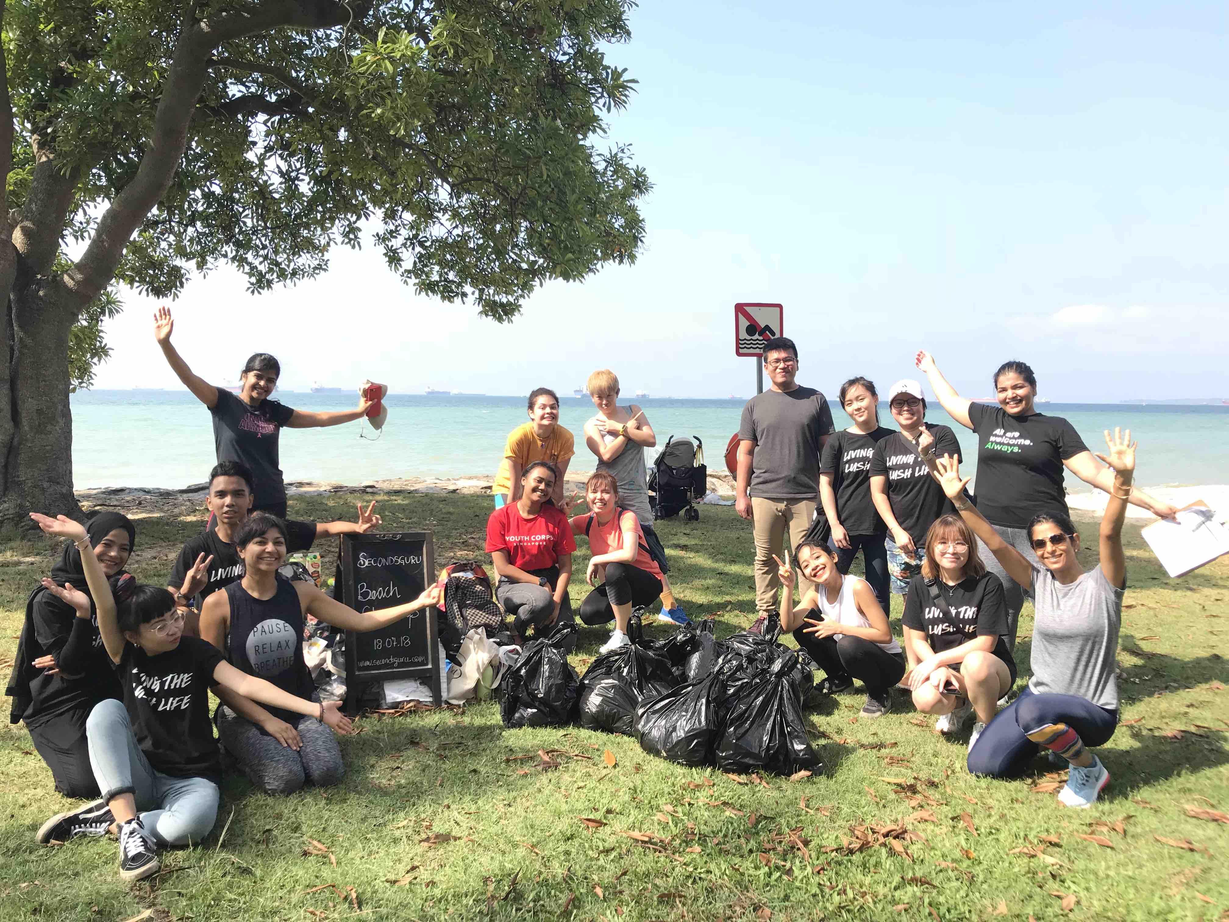 Lush Singapore Beach cleanup with Secondsguru