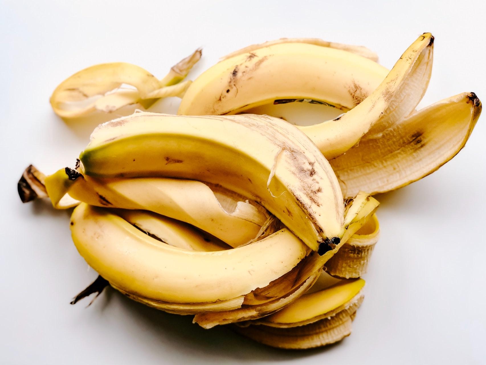 banana peels skincare